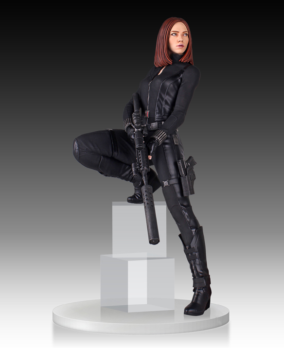 18-Inch-Tall Black Widow Statue