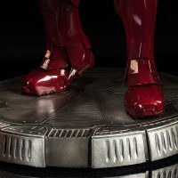 3-Foot-Tall Iron Man Mark VII Legendary Scale Figure Base Detail