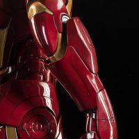 3-Foot-Tall Iron Man Mark VII Legendary Scale Figure Glove Details