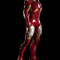 3-Foot-Tall Iron Man Mark VII Legendary Scale Figure Profile