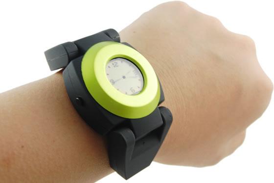 USB Hub Clock with Watch Design