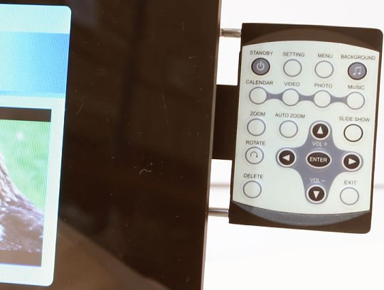 7-Inch Digital Multi-Image Frame - Remote Control