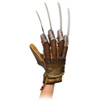 A Nightmare on Elm Street Freddy's Glove