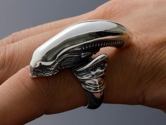 Alien Big Chap Silver Ring