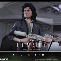 Alien Ellen Ripley Sixth-Scale Figure 9