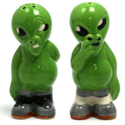 Alien Pickers - Salt & Pepper Shakers
