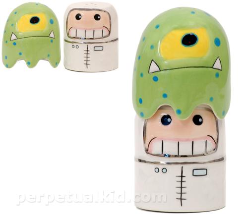 Alien Salt & Pepper Shakers
