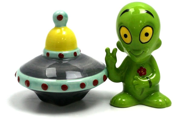 Alien and UFO Salt and Pepper Shakers