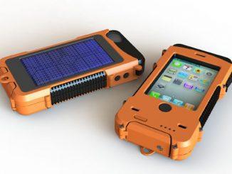 Aqua Tek S Rugged Waterproof Solar Powered Battery-Boosting iPhone Case