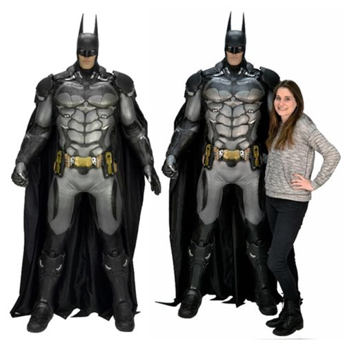 arkham-knight-batman-life-size-foam-prop-replica