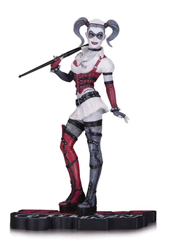 Batman Arkham Asylum Harley Quinn Red Black and White Statue 1