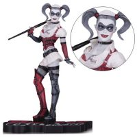 Batman Arkham Asylum Harley Quinn Red Black and White Statue