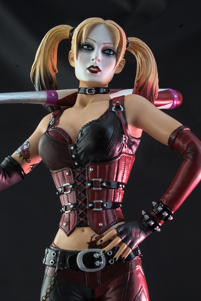 ee8322c9a0d0 The Batman  Arkham City Harley Quinn Limited Edition 1 6th Scale Statue  will be available December 2015 but it can be pre-ordered now for  156.23  at ...