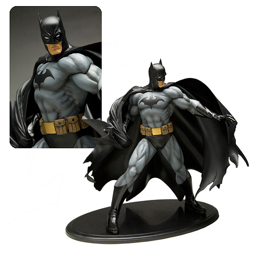 Batman Black Costume ArtFX Statue