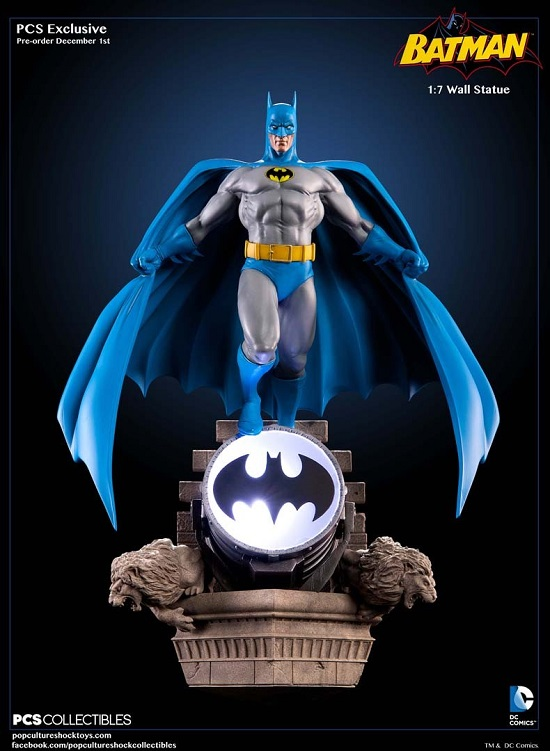 Batman Bronze Age Wall Statue