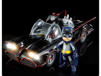 Batman Classic 1966 TV Series Batmobile Hybrid Metal Figuration Die-Cast Metal Vehicle
