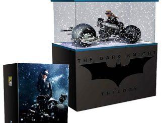 Batman Dark Knight Rises Bat-Pod with Catwoman Pre-Assembled 1 18 Model Kit
