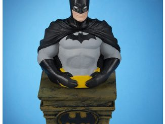 Batman Light-Up Tablepiece Bust
