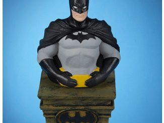 Batman Light-Up Tablepiece Bust