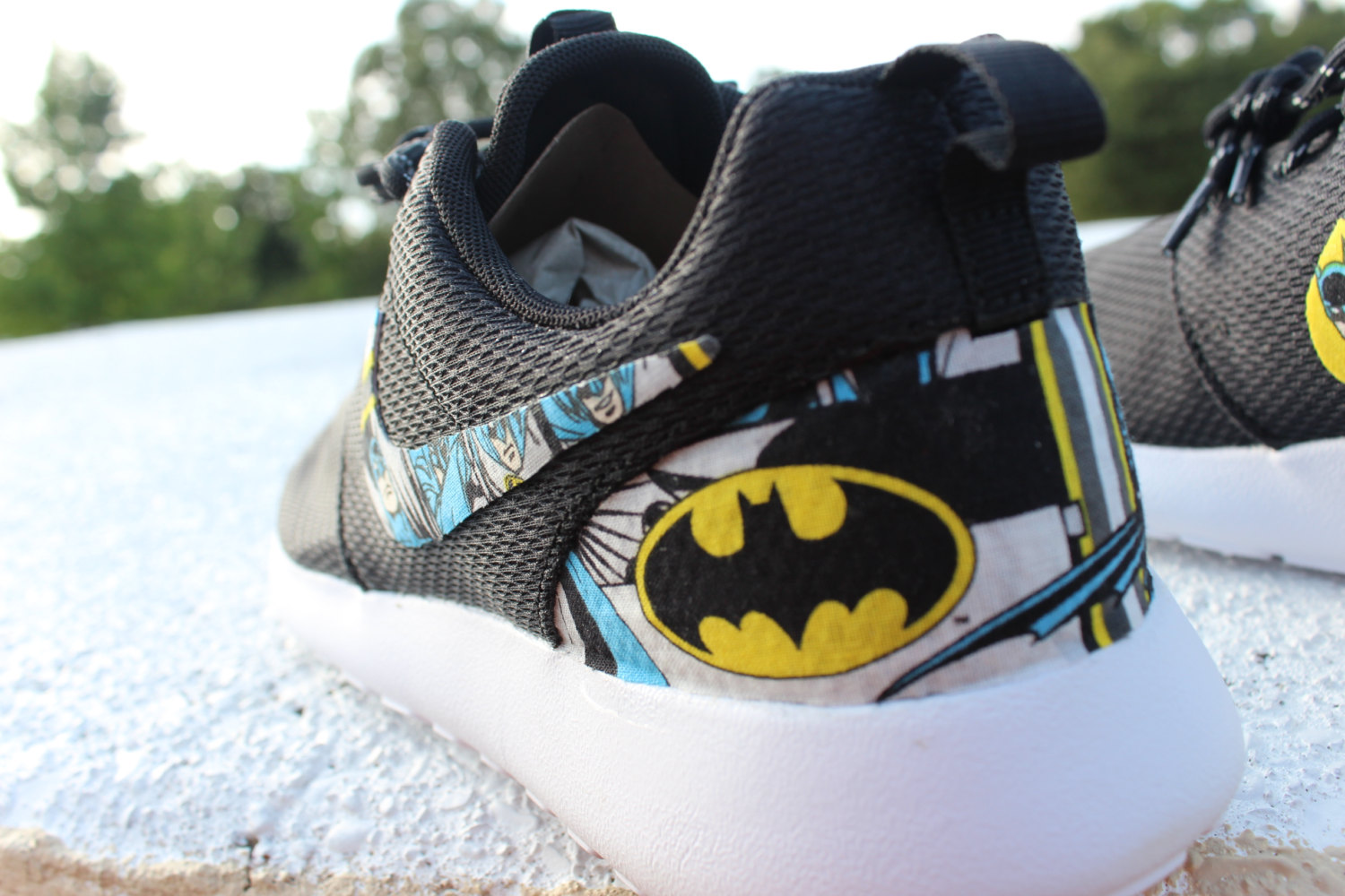 5a7bff9aa0acda The Batman Nike Roshe Shoes are available for  159.99 at GrabbKicks  Etsy  store.