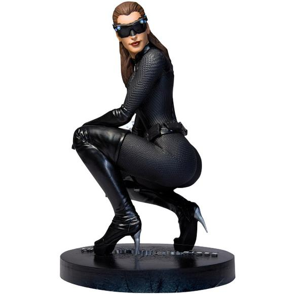 Batman: The Dark Knight Rises Catwoman Statue