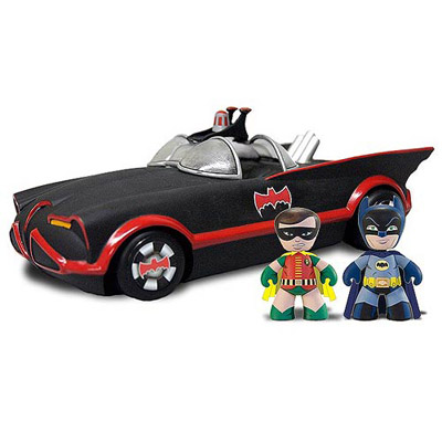 Mezco Toyz 1966 Batmobile With Batman And Robin