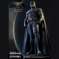 Batman v Superman Batman Polystone Statue 7