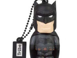 Batman v Superman Dawn of Justice Batman 16 GB USB Flash Drive