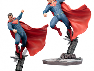 Batman v Superman Dawn of Justice Superman ArtFX+ Statue