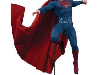 Batman v Superman Dawn of Justice Superman Sixth Scale Statue