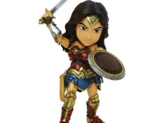 Batman v Superman Dawn of Justice Wonder Woman Hybrid Metal Figuration Action Figure