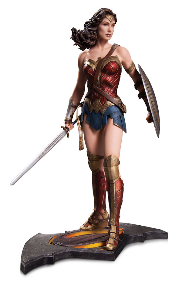 Batman vs Superman Dawn of Justice Wonder Woman Statue