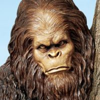 Bigfoot Yeti Yard Sculpture