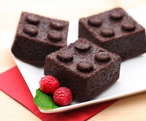 Thinkgeek Lego Cake Mold