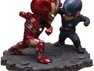 Captain America Civil War Captain America vs Iron Man Egg Attack cfa0a67f5