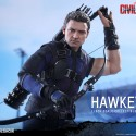 Captain America Civil War Hawkeye Sixth-Scale Figure 10