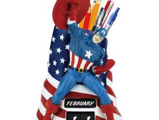 Captain America Flag Perpetual Calendar and Pencil Holder