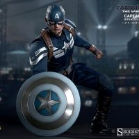 Captain America Sixth Scale Figure kneeling
