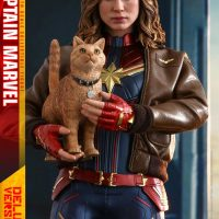 Captain Marvel Goose Cat Sixth Scale Figure