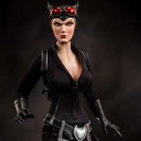 Catwoman Sixth Scale Figure Close-Up