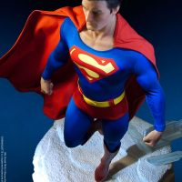 Christopher Reeve Superman Maquette Overhead