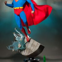 Christopher Reeve Superman Premium Format Figure with Crystal