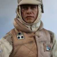 Commander Luke Skywalker Hoth Sixth-Scale Figure Wampa Attack