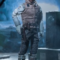Commander Luke Skywalker Hoth Sixth-Scale Figure without Headgear