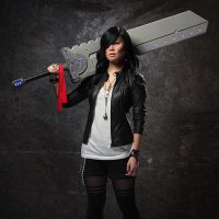 Cosplay Titan Sword
