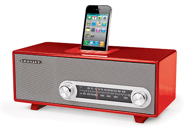 Crosley Ranchero Retro iPhone Radio