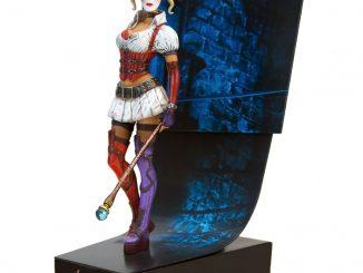 DC Comics Batman Arkham Asylum Harley Quinn Premium Motion Statue
