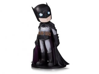 DC Comics Artist Alley Batman by Chris Uminga Limited Statue