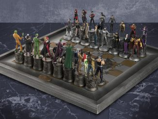 DC Comics Collection Complete Batman Chess Set