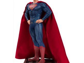 DC Comics Justice League Movie Superman Statue
